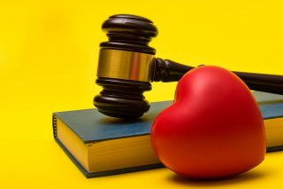 Getting sued because of your spouse in Illinois