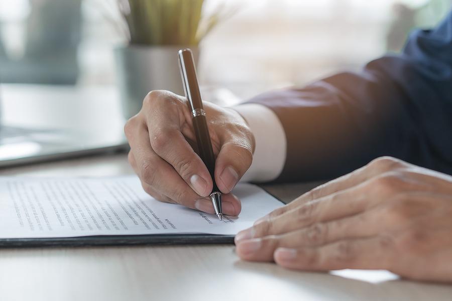 Signatures during an Illinois divorce
